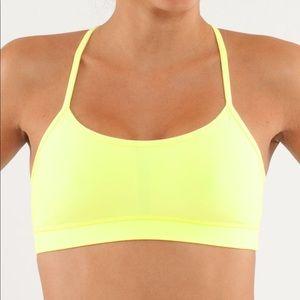 Lululemon Flow Y Bra in Clarity Yellow Size 6